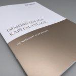Broschüre mit Metallic-Optik.